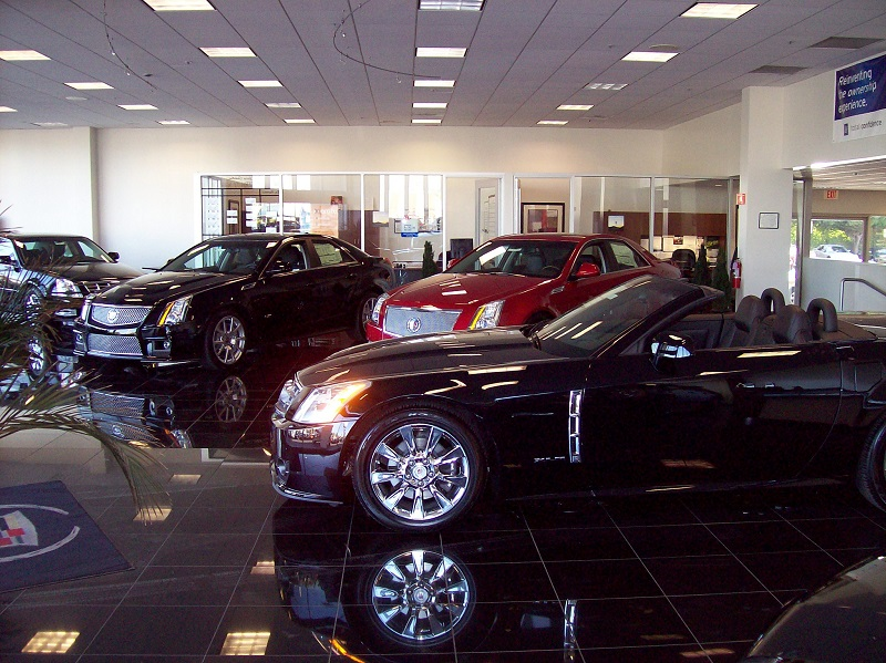 Tips For Car Sellers Who Want To Build A Strong Customer Base