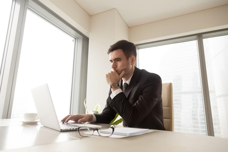 Thinking About An MBA? How Online Programs Compare To The Traditional