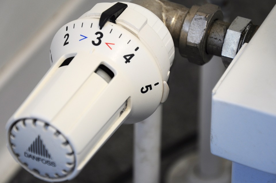 Warmth at Your Fingertips: 4 Distinct Advantages of Aluminum Radiators