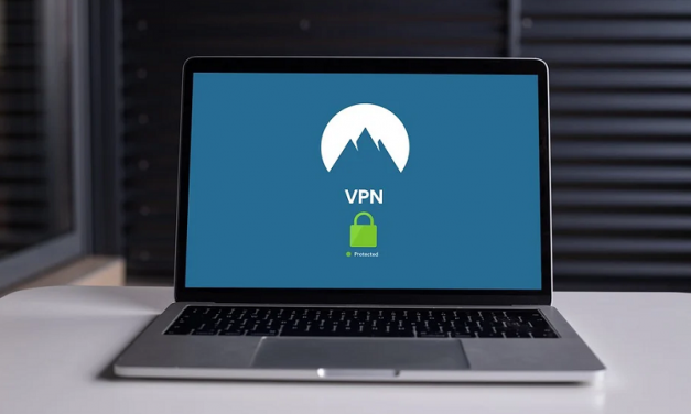 What is the Difference Between VPS Hosting and a VPN?
