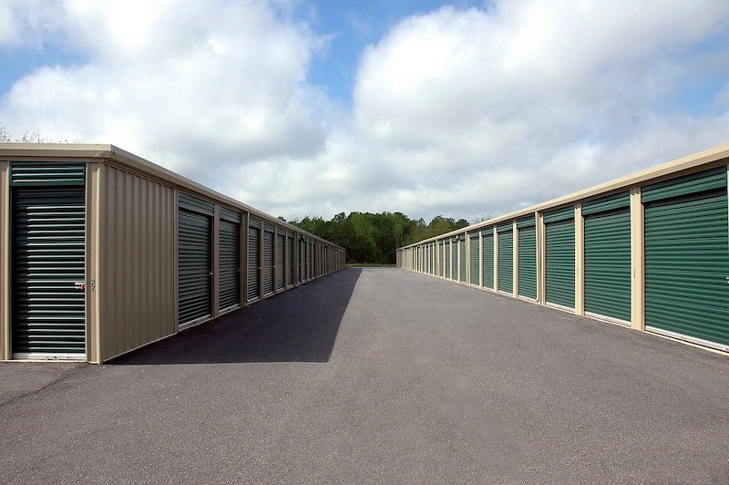 Store your Supplies Securely Choosing a Right Storage Company